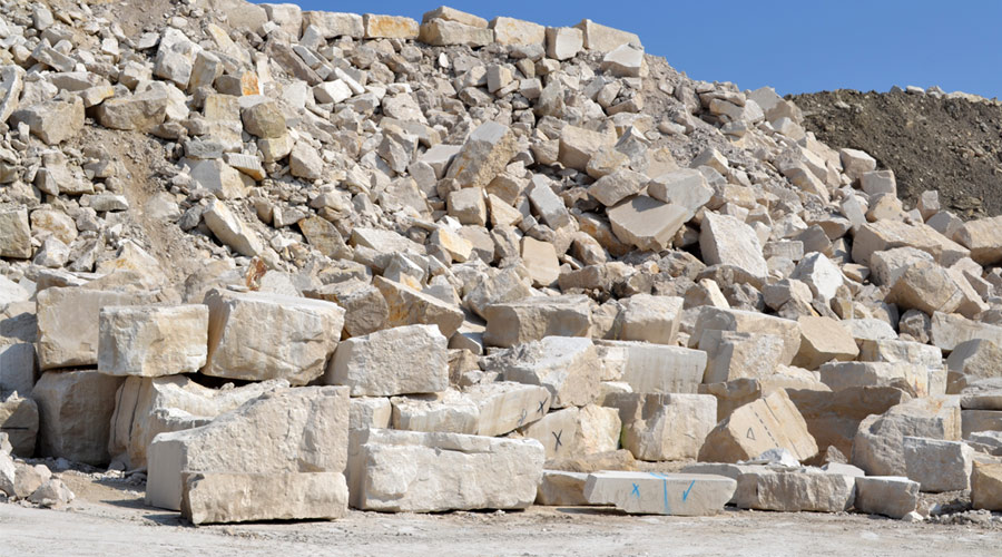 Crushed Portland limestone block stocks