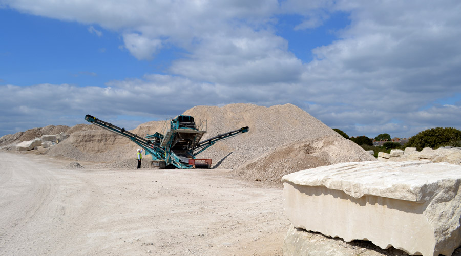 Portland limestone crushing
